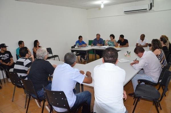 Sumaré recebe quinta-feira apresentação gratuita da Orquestra Bachiana Filarmônica SESI-SP, com o maestro João Carlos Martins