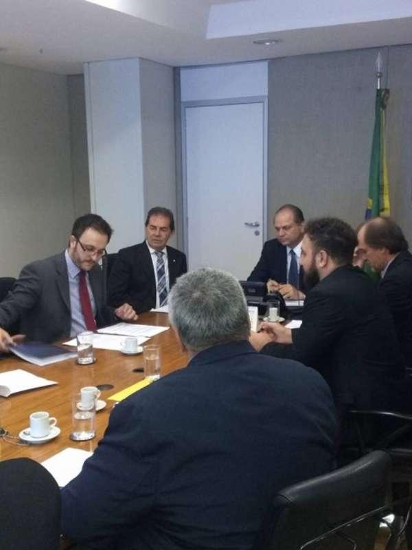 Após conquistar nova UPA em Brasília, prefeito Luiz Dalben vai a São Paulo cobrar melhorias em escolas estaduais