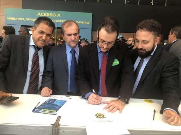 Prefeito Luiz Dalben anuncia construção de novo campo no bairro Cidade Nova