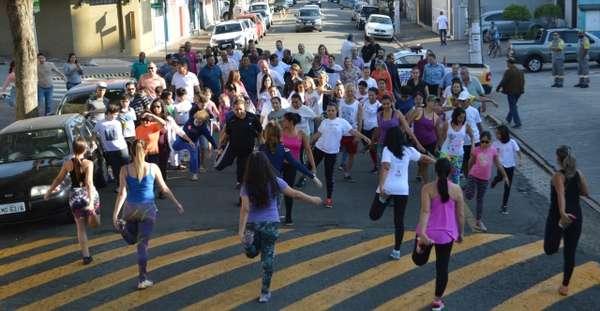 """Inscrições para aulas gratuitas de """"Danças Urbanas"""" começam dia 4 de junho"""