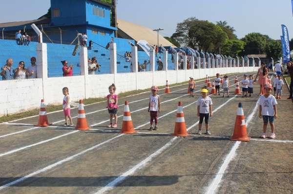Prefeitura de Sumaré promove formatura dos alunos do PROMAD (Programa Municipal Antidrogas)
