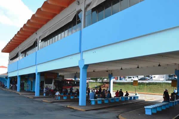 Rodoviária recebe revitalização e reforma do piso superior
