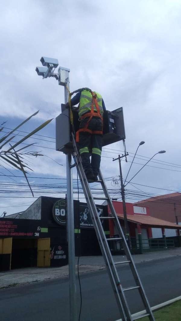 Alteração do limite de velocidade do radar na Avenida Júlio de Vasconcellos